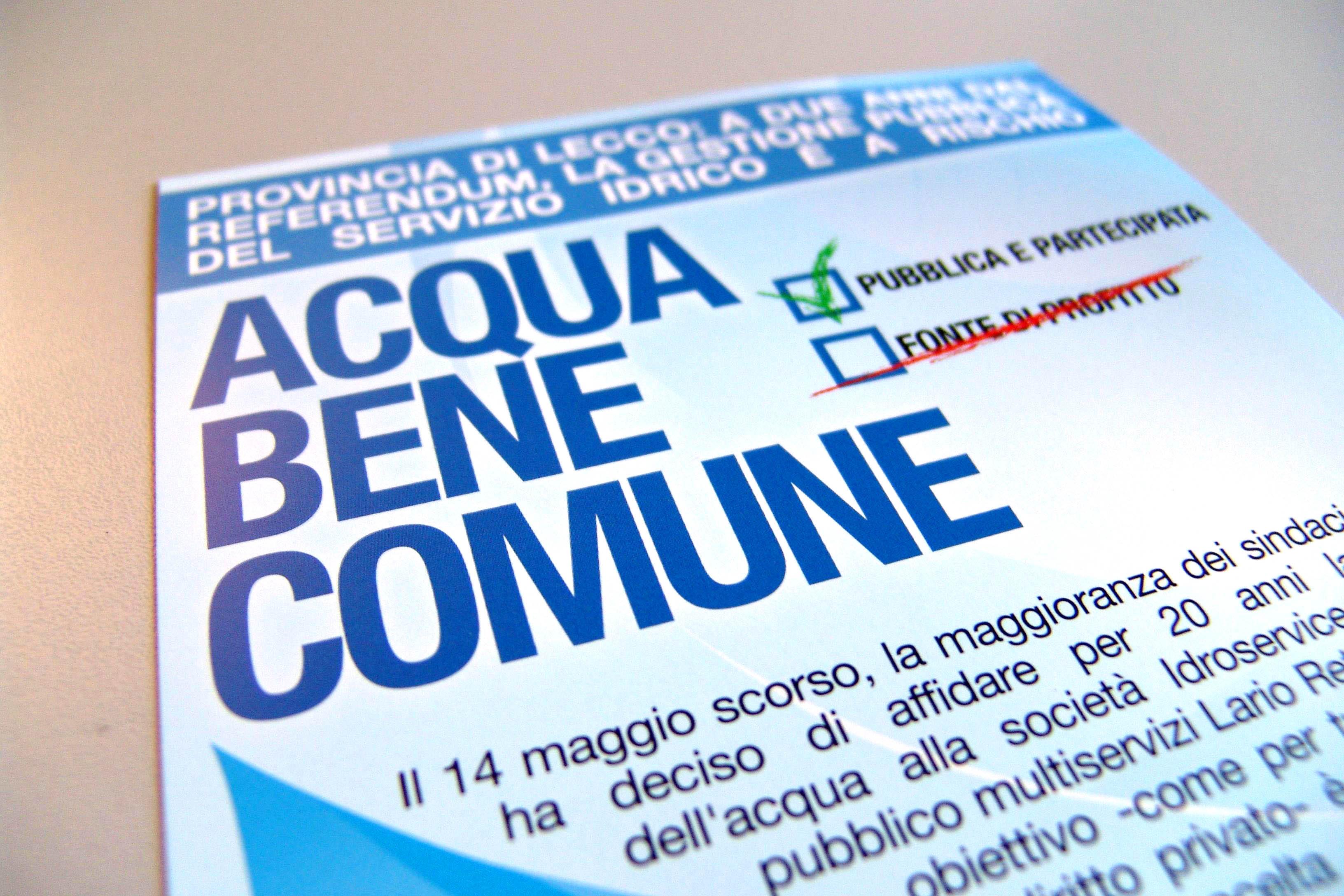Raccolta-firme-Comitato-Acqua-Pubblica