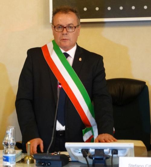 Virginio-Brivio-bis-sindaco-giuramento-fascia