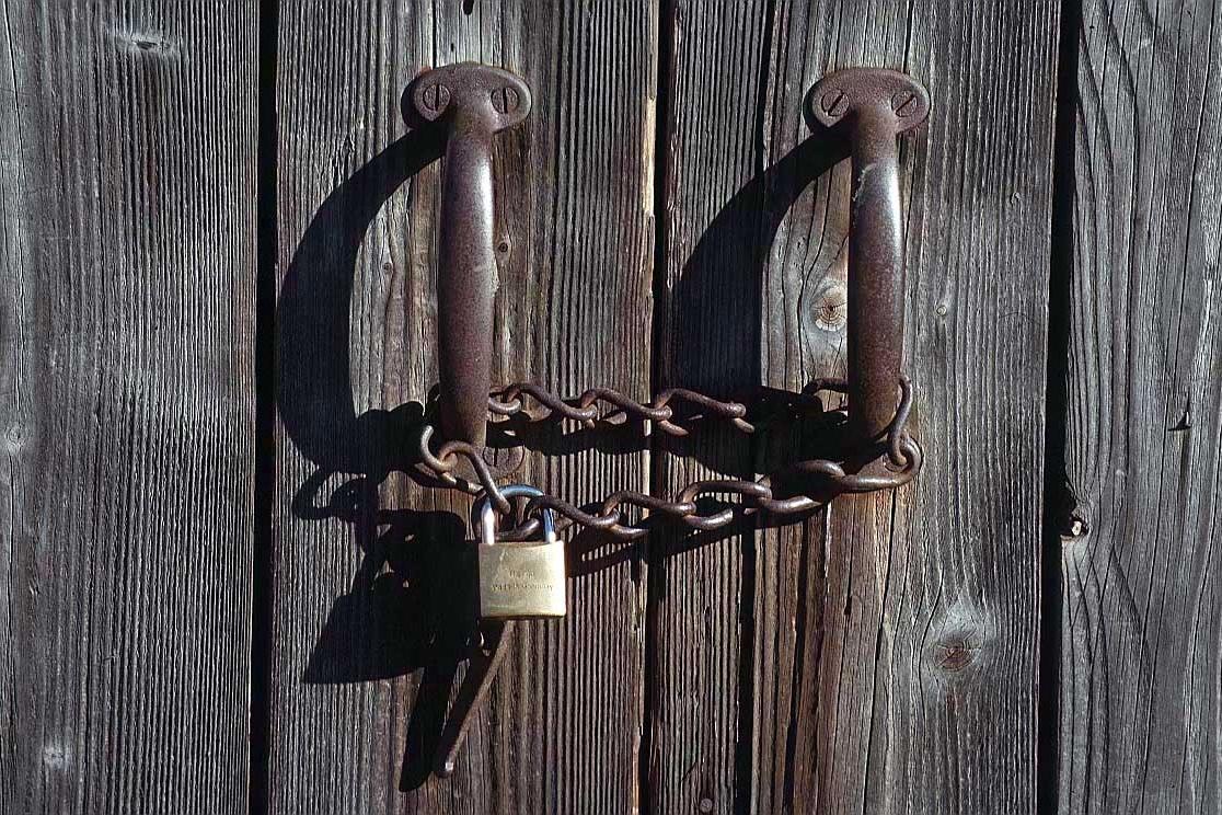 come-aprire-una-porta-chiusa-senza-chiavi_9cb5b217f362e3ad03db88db39f3d14c